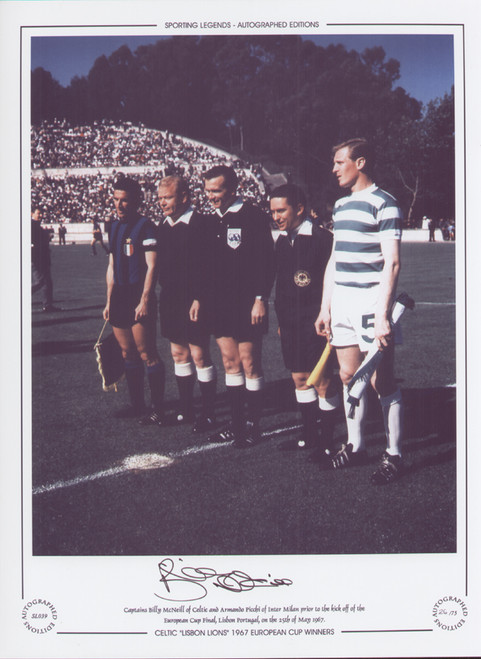 Celtic captain Billy McNeill prior to kick off 1967 European Cup Final