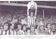 Bobby Kerr Sunderland 1973 FA Cup Final. A jubilant Bobby Kerr holds aloft the FA Cup after Sunderland's victory over Leeds United in the 1973 FA Cup Final. This was Sunderland's first FA Cup triumph since 1937.