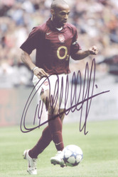 Stunning 12x8 inch photo of Thierry Henry in action for Arsenal