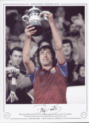 Billy Bonds proudly holds aloft the 2nd Division trophy after West Ham United's successful 1980/81 campaign. The Hammers finished a massive 13 points clear of their nearest opponents Notts County.
