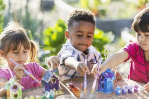 Backyard Bird Feeders: A Great Teaching Tool for Kids this Spring