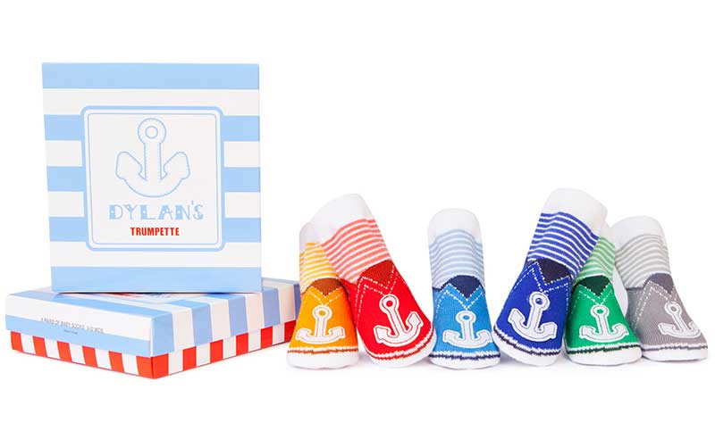 6 pairs of nautical theme baby socks in cotton.  Anchors on the toes.  Stripes on ankles. Come in Gift Box.