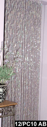 Diamond Cut Hanging Beads 1 FT W X 6 FT Lenght