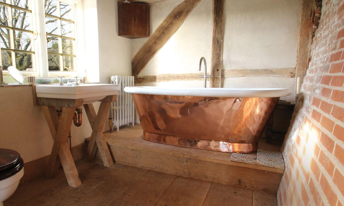 Copper Tub Rustica House