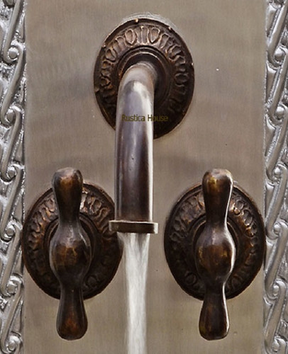 Old World Bathroom Accessories: Old World Wall Bath Bronze Faucet