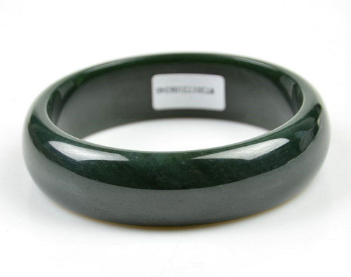 Hetian jade bangle