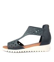 MASKIT Flatform Sandals in Light Navy Leather