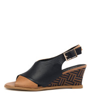 ULOHIN Wedge Sandals in Navy/ Tan Leather