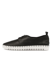 HUSTON Flats in Black Leather