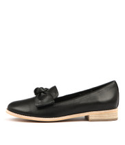 ALANISA Flats in Black Leather