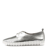 HUSTON Flats in Silver Leather
