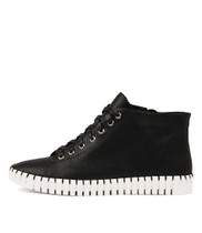 HAYWARD Lace-up Sneakers in Black Leather