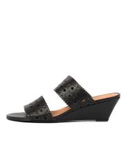 MCKINLEY Wedge Sandals in Black Leather