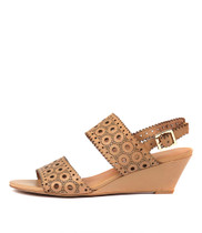 MCKAYLA Wedge Sandals in Latte Leather