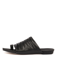 JAVAN Sandals in Black Leather