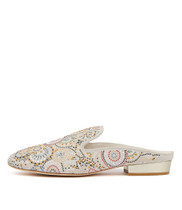 MARINDA Flats in White Suede