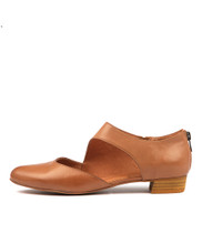 EARHART Flats in Dark Tan Leather