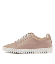 HAYLIE Sneakers in Pale Pink/ Rose Gold Leather