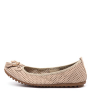 BALANCE Ballet Flats in Beige Nubuck Leather