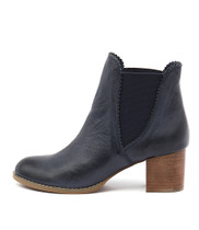 SADORE Ankle Boots in Navy Leather