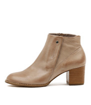 SCALES Ankle Boots in Smoke Leather