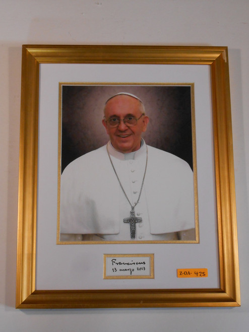 Pope Francis with Signature 11x14 Gold Framed Print