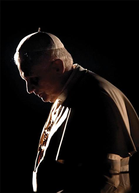 Pope Benedict XVI in Prayer Dozen Postcards