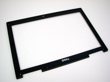 DELL LATITUDE D620_ D630_D631  14.1 LCD FRONT TRIM COVER BEZEL PLASTIC REFURBISHED  DELL HD269