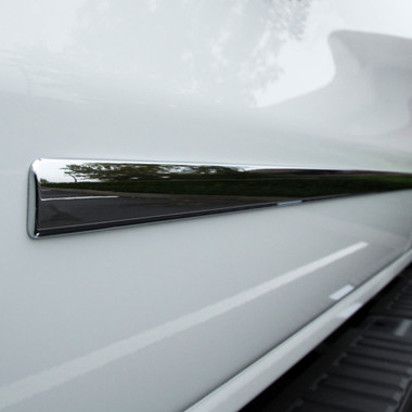 UpgradeYourAuto   Side Molding and Rocker Panels   14-17 GMC Sierra 1500   CMT0163