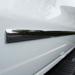 UpgradeYourAuto | Side Molding and Rocker Panels | 14-17 GMC Sierra 1500 | CMT0163