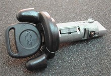 1999-2001 GMC Full Size Pickup Ignition Lock