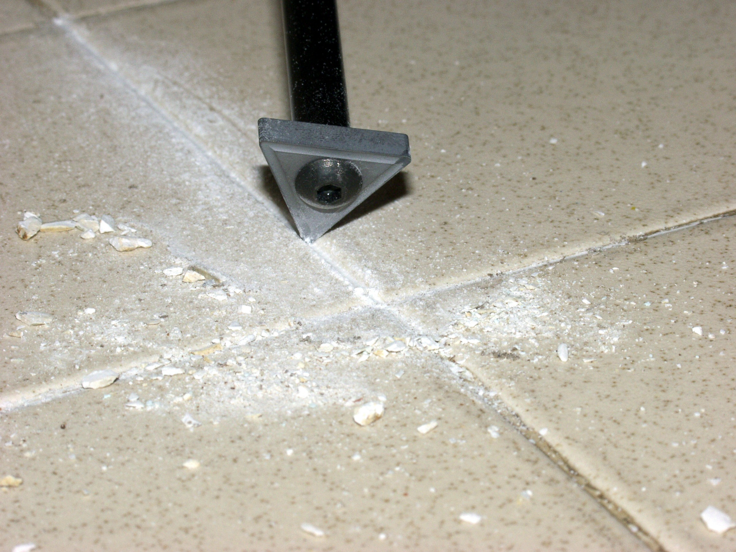 Grout Guide: How Much Tile Grout to Remove - Grout Getter
