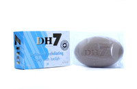DH7 Lightening Exfoliating Soap with Loofah 8.75 oz / 250 g