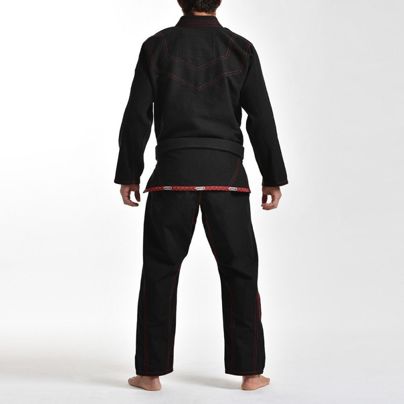 Back view of the Grips athletics Cali 99 Gi black gi.  Available at www.thejiujitsushop.com  Enjoy free shipping from The Jiu Jitsu Shop today!