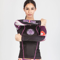 Grips Power Flower Rashguard Long Sleeve Black - @ The Jiu Jitsu Shop .  Check out our awesome gear at www.thejiujitsushop.com