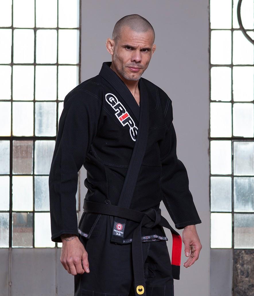 Grips Primero 3.0 Black gi angled picture at www.thejiujitsushop.com The Jiu Jitsu Shop for all your jiu jitsu needs.