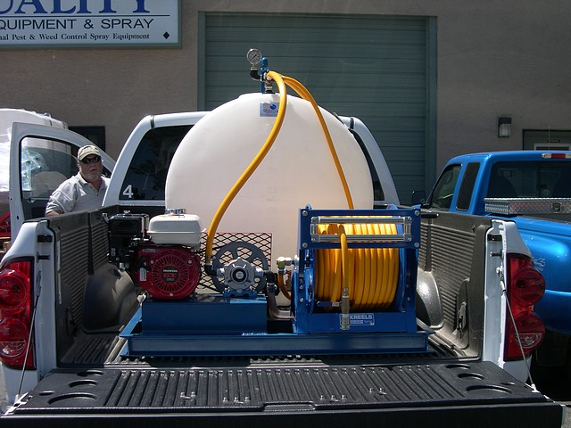 200-gallon-skid-sprayer.jpg