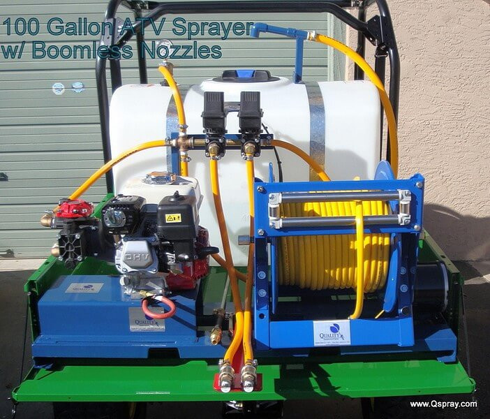 Gallon weed sprayer with boomless nozzles qspray