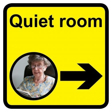 Quiet Room Sign With Right Arrow Dementia Friendly 30cm