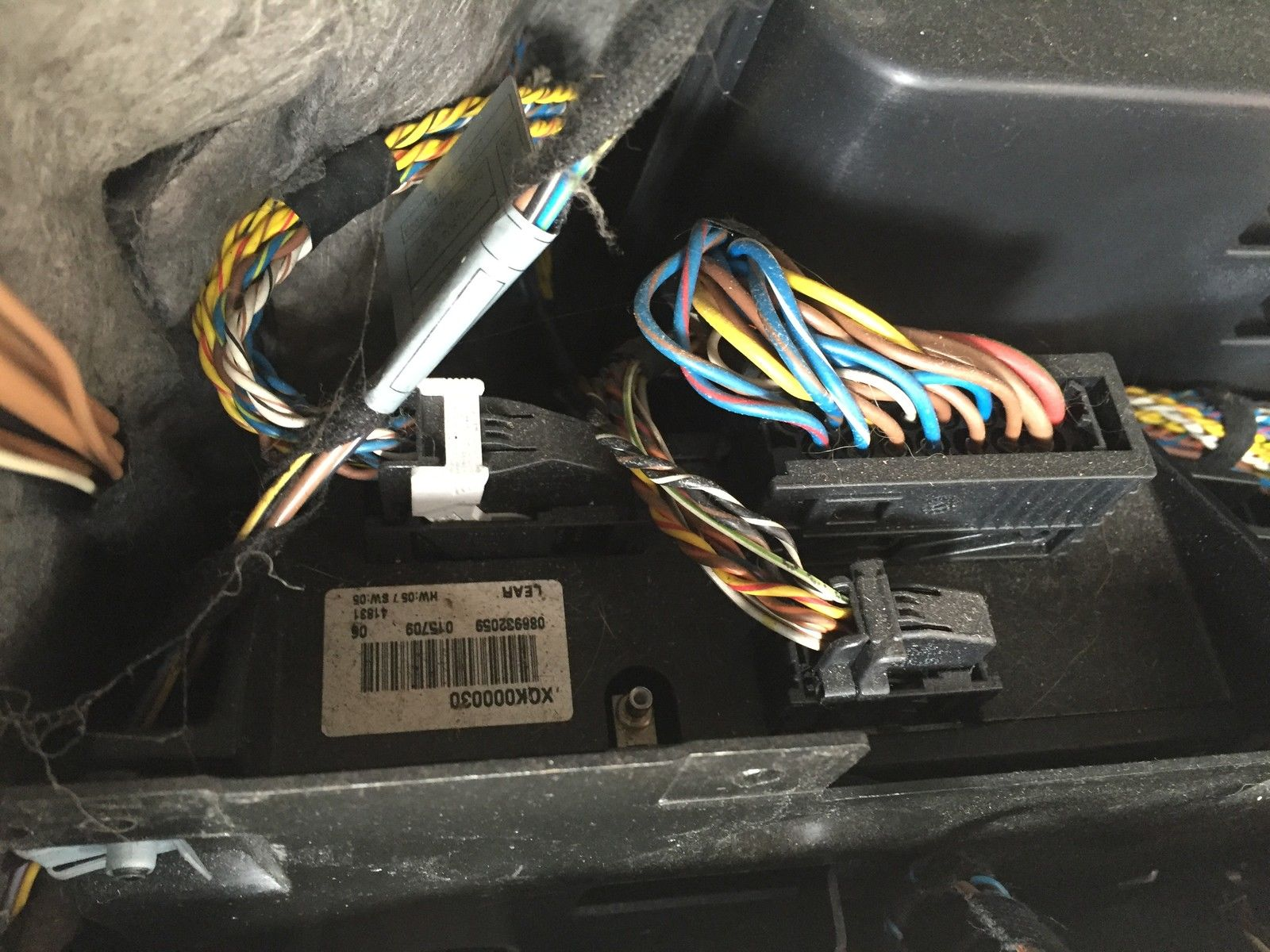 Range Rover 2002 2004 L322 Radios Obstacles Audio Tech Direct Navigation Wiring Diagram Here Is Your Factory Amplifier