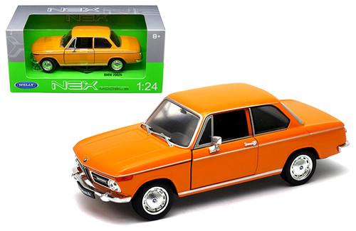 BMW 2002Ti 2002 Ti Orange 1/24 Scale Diecast Car Model By Welly 24053