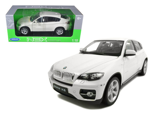 BMW X6 White 1/18 Scale Diecast Car Model By Welly 18031