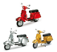 1978 Vespa P200E DEL Scooter Set Of 3 Yellow Silver Red 1/12 Scale By Newray 42123