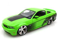 2011 Ford Mustang GT Green 1/24 Scale Diecast Car Model By Maisto 31361