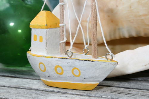 """BOAT HOUSE"" YELLOW COASTAL 6"" - HAND CARVED - COASTAL DECOR"