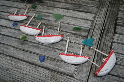 "HANGING ""BOAT HOUSE"" SET OF 5 - RED COASTAL - COASTAL DECOR"