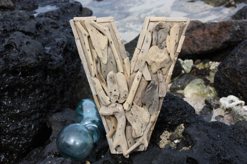 """V"" Driftwood Letter 10"" Home Decor"