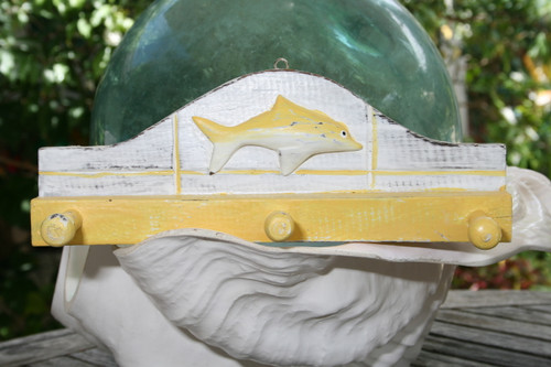 """OCEAN FISH"" HANGER - 12"" WHITE & YELLOW NAUTICAL DECOR"