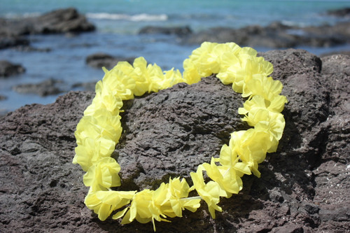 "Yellow Island Lei 18"" - Hawaiian Silk Leis"