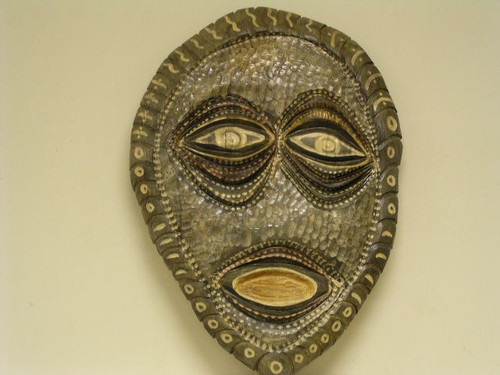 TIKI MASK- PRIMITIVE - HAND CARVED - HAND PAINTED